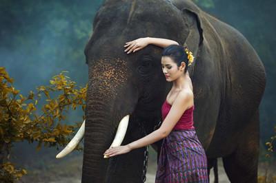 【泰国】泰国、新加坡、马来西亚三国四飞10日游