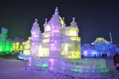 【漠河寻北】哈尔滨、亚布力滑雪、徒步穿越大雪谷、中国雪乡、漠河北极村8日游