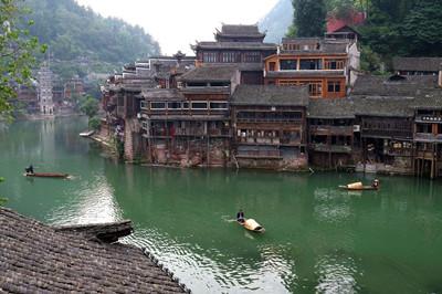 【金色云贵C线】吉首、贵州、云南、广西旅游专列12日游