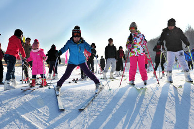 【神农架】国际滑雪场 巴桃园 神农顶2日游